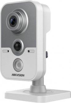 HD-TVI видеокамера Hikvision DS-2CE38D8T-PIR (2.8 мм)