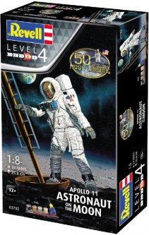 Сборная модель Revell Астронавт на Луне. Миссия Аполлон 11. К 50-летию высадки на Луну. Масштаб 1:8 (RVL-03702) (4009803895253)