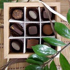 Цукерки у коробці з сиром у шоколаді СИРОМАН 100 грамів