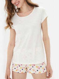 Комплект (футболка + шорты) ROZA 200316 2XL Молочный (4824005563133)
