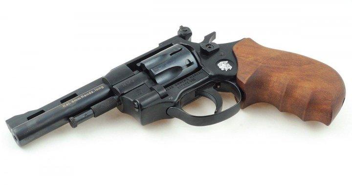 "Револьвер Weihrauch HW4 4"" з дерев'яною рукояттю - зображення 1"