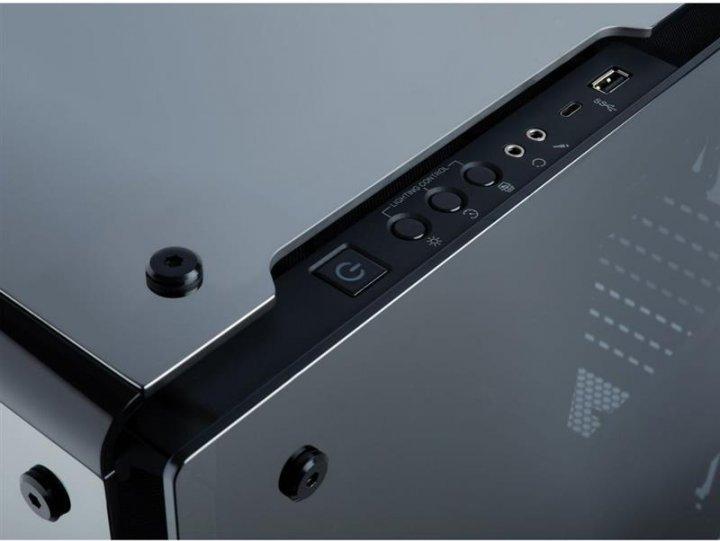 Корпус Corsair Crystal 570X RGB Mirror Black (CC-9011126-WW) без БП - изображение 1