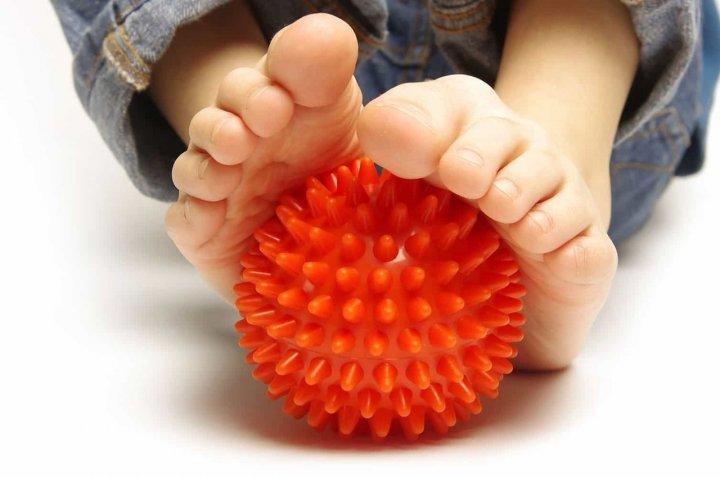 Ортопедичний масажний М'яч d=6 см для занять, тренувань, фітнесу Ortek ПОМАРАНЧЕВИЙ - зображення 1