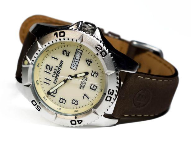 Чоловічі годинники Timex Expedition T46681. - зображення 1
