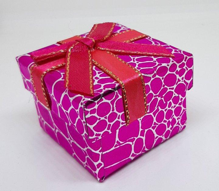 Коробочка для прикрас під кільце і сережки Рожевий 4(р) - зображення 1
