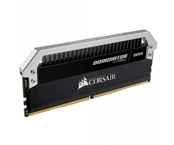 Пам'ять Corsair 32 GB (4x8GB) DDR4 3000 MHz Dominator Platinum (CMD32GX4M4C3000C15) - зображення 1