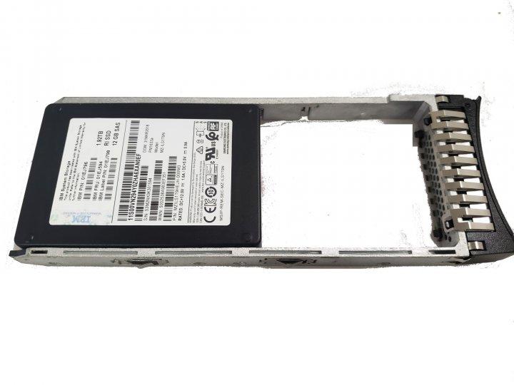"""SSD IBM IBM Storwize V7000 G2 1.92 TB 12Gb SAS 2.5"""" FlashDrive (01EJ796) Нове - зображення 1"""