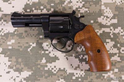 Cuno Melcher ME 38 Magnum 4R (чорний, дерево) (11950018)