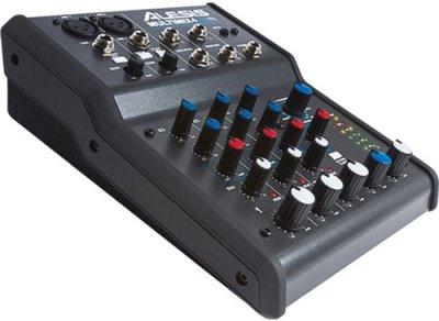 Alesis MultiMix 4 USB FX (219982)