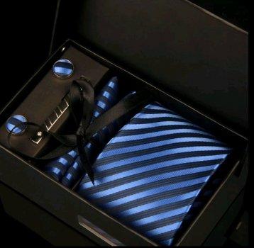 Подарочный мужской набор KAILONG: галстук в полоску, запонки, платок, зажим, коробка синий (GS772)