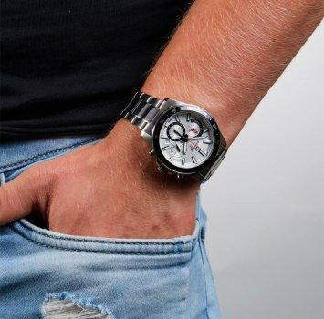 Чоловічі годинники CASIO EFV-570D-7AVUEF