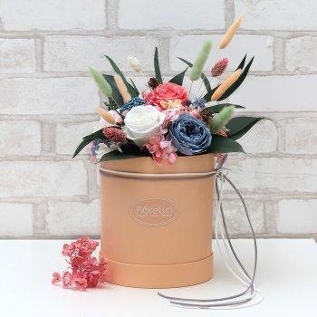 """Букет из стабилизированных живых цветов Floretta """"Аромат нежности"""", неувядающий более 3 лет, размер S"""
