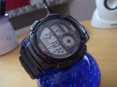 Наручний годинник Casio AE-1000W-1AVEF