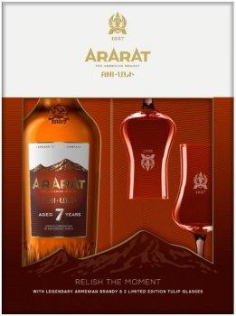 Набір бренді ARARAT Ani 7 років 0.7 л 40% + 2 склянки (4850001006855)