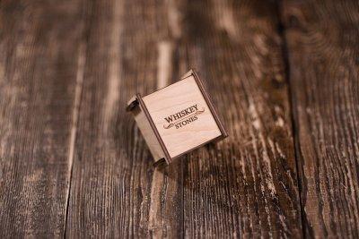 Камни для виски из стеатита Whiskey stones Original в подарочной деревяной шкатулке 4шт