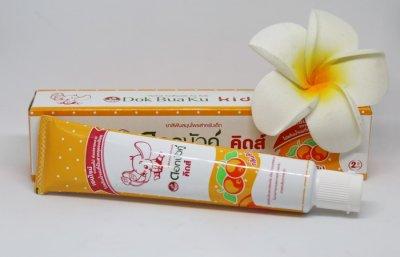 Зубная паста Dok Bua Ku для детей на травах со вкусом апельсина 35 гр