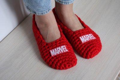 """Вязаные мужские тапочки для дома Madana Studio """"Марвел"""""""