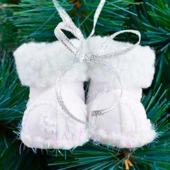 """Елочная игрушка Новогодько (YES! Fun) """"Сапожки"""", белая, h-6 см (973458) (5056137157808)"""