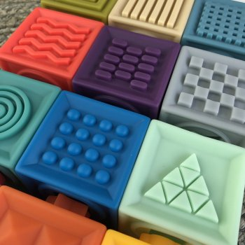Розвиваючі 3D кубики My blanket іграшка для малюків від 1 міс з силікону 12 шт