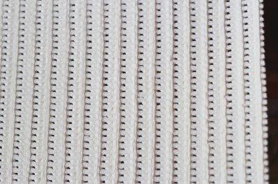 Килимок у ванну Oncu Grup Декомарин 80 см х 1 м п. коричневий (108-A)