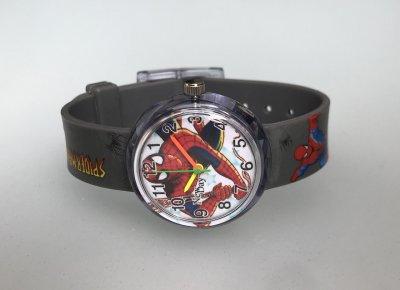 Часы детские наручные Человек Паук, Спайдермен, Spider Man, для мальчика, круглые с цифрами, серый ремешок