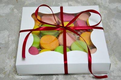"""Подарочный набор печенья """"Макаронс"""" Granaio 18х18 см 16 шт 320 г."""