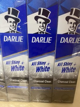 "Зубная паста Darlie All Shiny White ""Сияние белизны и бамбуковый уголь"" Charcoal Clean, 85 грамм"