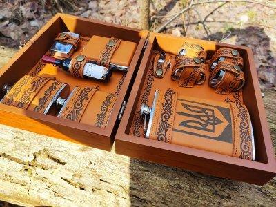 Набор походный «Украина» фляга в деревянном кейсе