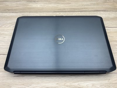 Ноутбук Б/У Dell Latitude E5530 15.6 FHD/ i5-3320M 2(4)x 3.3GHz/ RAM 8Gb/ SSD 240Gb/ АКБ 21Wh/ Сост. 8