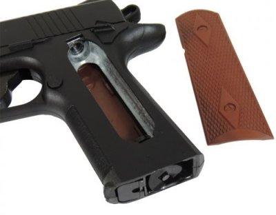 Пневматичний пістолет Crosman 1911 BB COLT