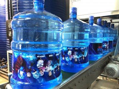 Вода артезианская бутилированная, пакет «АКВАзалежний Дім +» 3 бутыли по 18,9 л