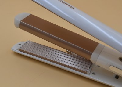 Стайлер для волос iGemei GM-402 профессиональный для гофре и выпрямления Белый (11182)