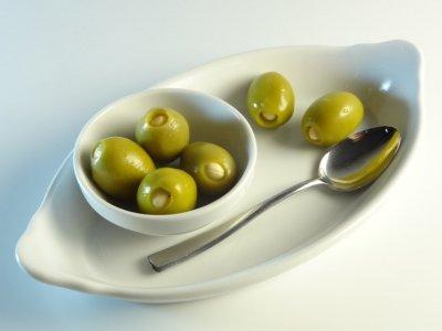 Оливки Kalimera Халкідікі фаршировані мигдалем 101-110, без кісточки, 1800 г