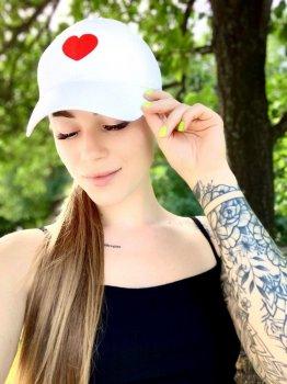Женская Кепка с принтом Heart сердце белая