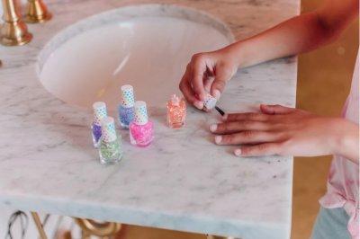 Набор лаков для ногтей Цветное конфетти 5 шт х 8 мл (MR43191) (638241431910)