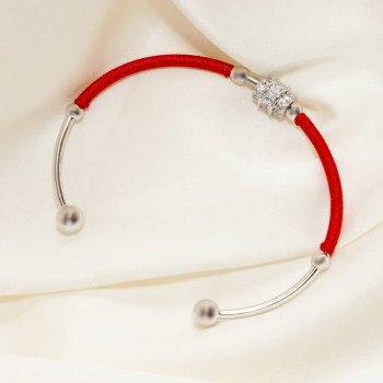 Браслет жесткий с красной шелковой нитью 18 см SSZ00510