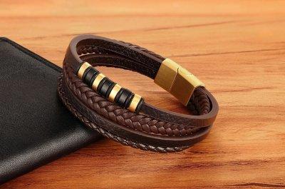 """Браслет """"Made in Italy"""" кожаный со стальными золотистыми кольцами 22 см коричневый"""