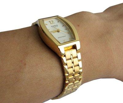 Жіночий годинник CASIO LTP-1281G-7AEF