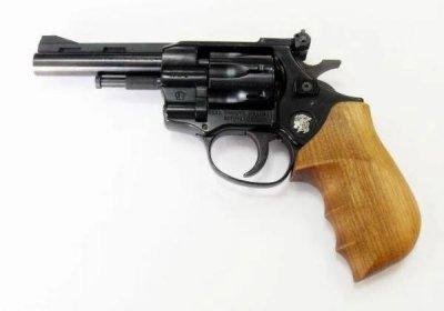 Револьвер під патрон Флобера Weihrauch Arminius HW4 4 '' з дерев'яною рукояткою