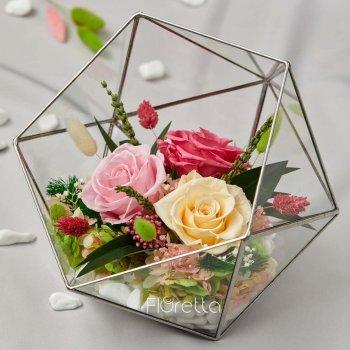 Флораріум «Квітковий вальс» з живими стабілізованими квітами M