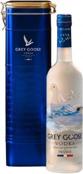Водка Grey Goose 0.75 л 40% в металлической коробке (7640175710088)