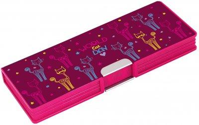 Пенал пластиковый на магните Cool For School World Cat Day 2 отделения Розовый (CF86611)