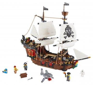 Конструктор LEGO Creator Пиратский корабль 1262 детали (31109)