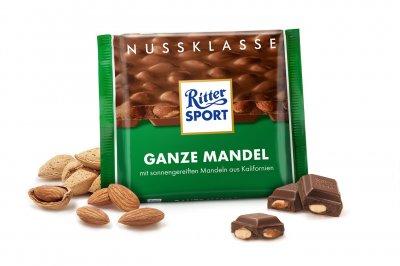 Шоколад молочний Ritter Sport з цільним мигдалевим горіхом 100 г * 5 шт