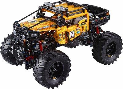 Конструктор LEGO TECHNIC Экстремальный внедорожник 958 деталей (42099)