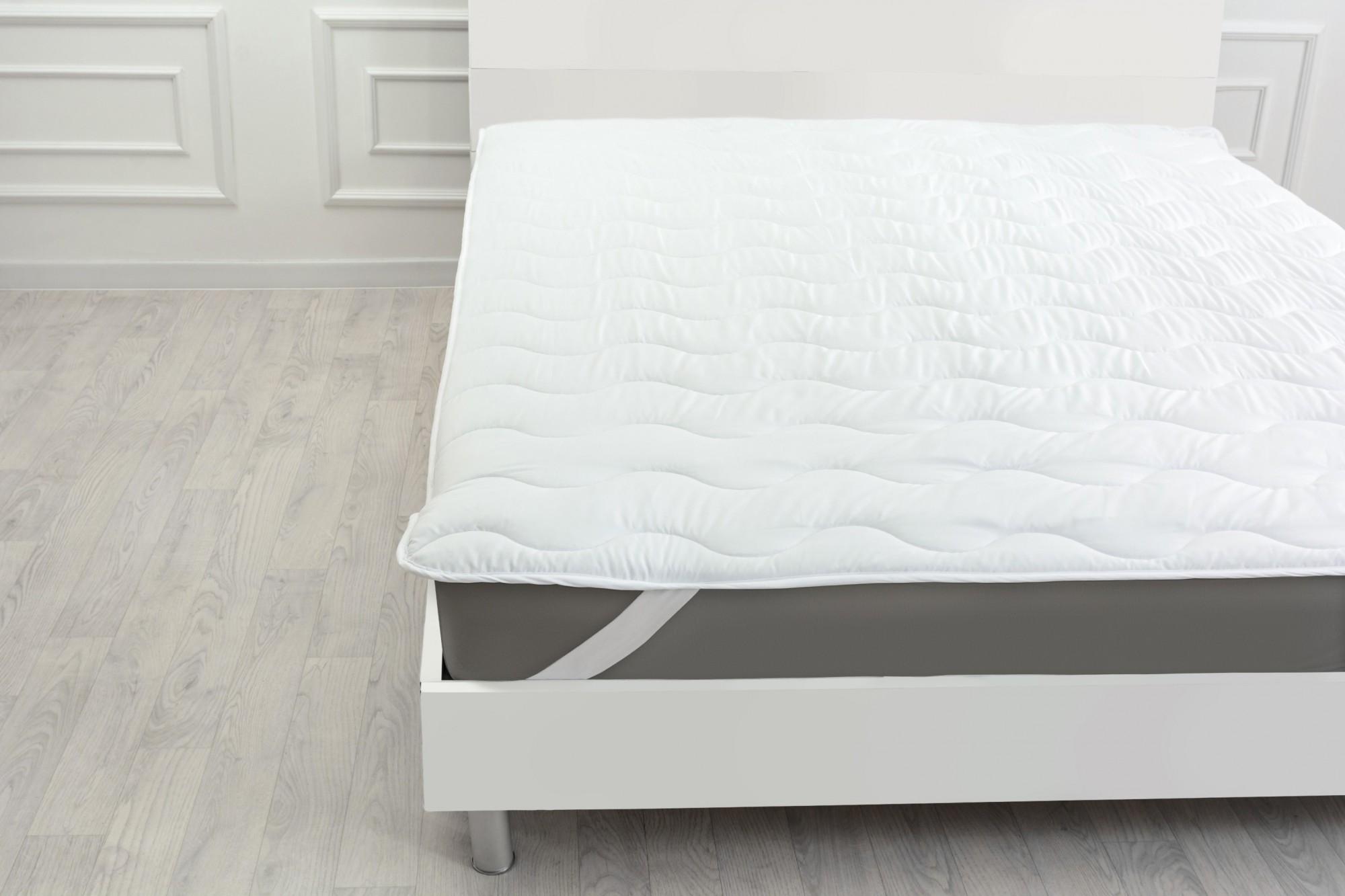 Наматрасник MirSon Silk №1724 150х200 см Eco Light White обычный на резинке по углам