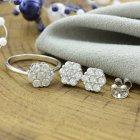 Серебряный набор кольцо размер 17 + серьги 8х8 мм вставка белые фианиты вес 4.4 г - изображение 1